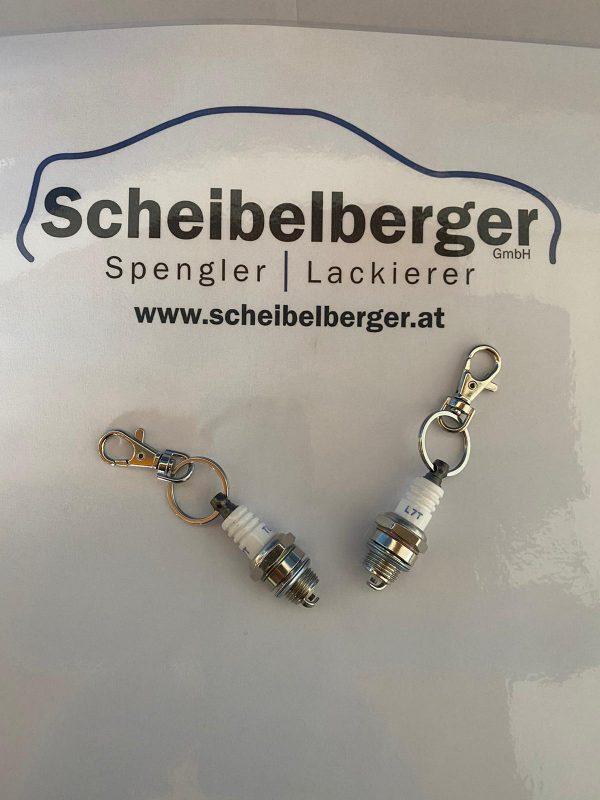 Scheibelberger Keychain Zündkerze Detail